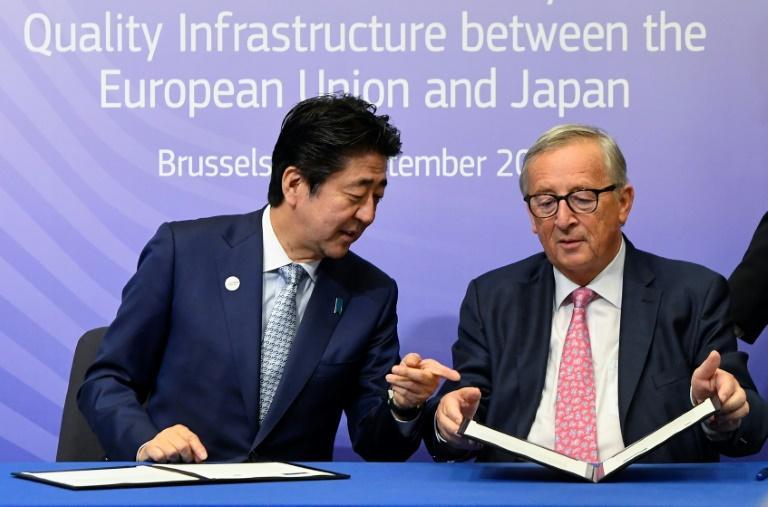 L'Union Européenne et le Japon concoctent une réponse aux «nouvelles routes de la soie» de Pékin.